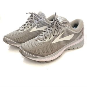 Brooks Ghost 10 Womens 7.5 Medium (B) 1202461B144